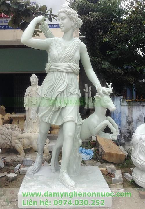 Tượng nữ thần artemis